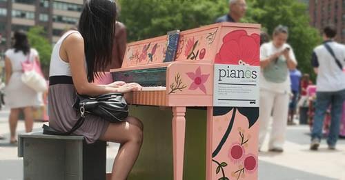 tocar-el-piano-reduce-estres